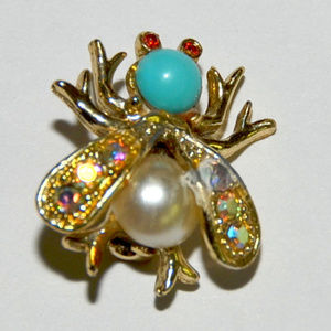 little vintage rhinestone cabochon bug insect pin